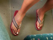 Mature Candid Feet