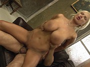 Hot sexy mature - Bouncing boobs